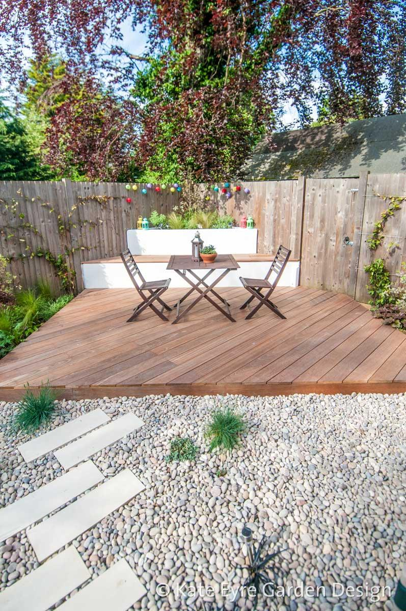 Small garden designs in london by kate eyre garden design for Garden decking and slabs