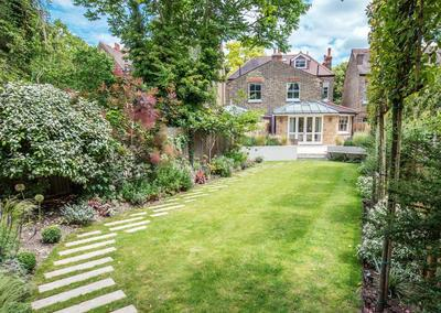 Large back garden design, Calton Avenue, Dulwich, London, 3