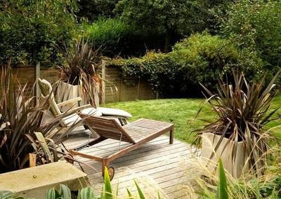 Large back garden design in Crystal Palace, South London, 4