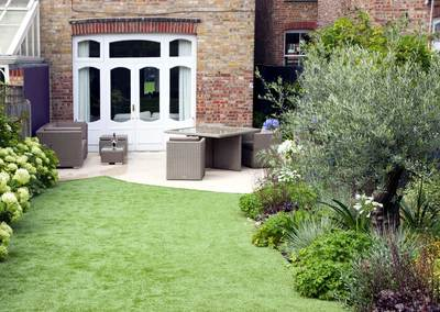 Medium back garden design in Druce Road, Dulwich, 7