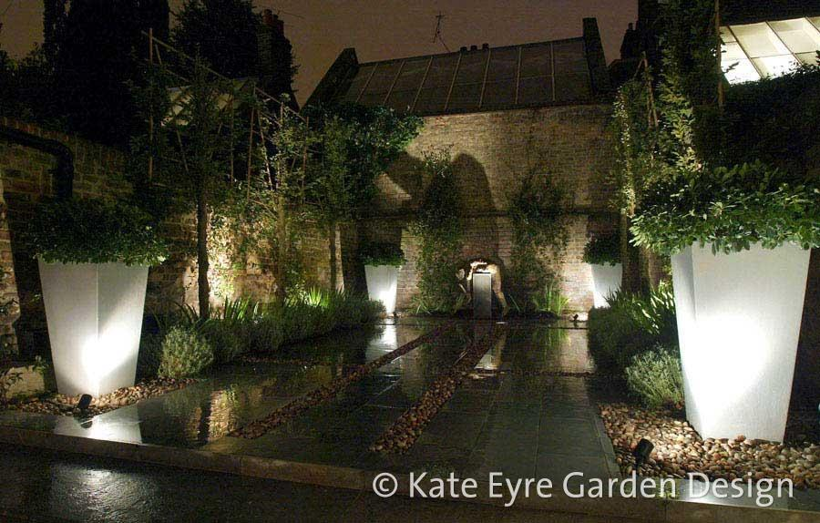 Small back garden design, Kensington, 4 - evening view
