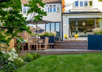 Garden Design in Augustus Road, Southfields, 6