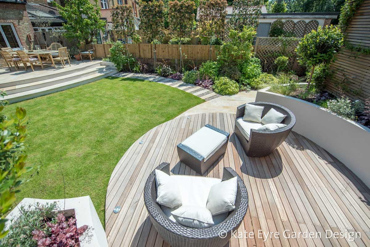Medium-sized back garden design in Wandsworth, 12
