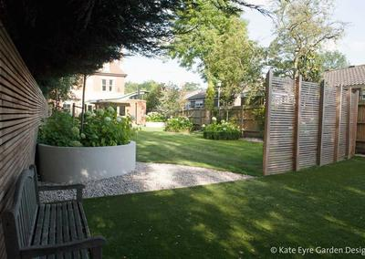 Medium back garden design in Alleyn Park, Dulwich, 4