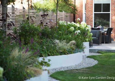 Medium back garden design in Alleyn Park, Dulwich, 5