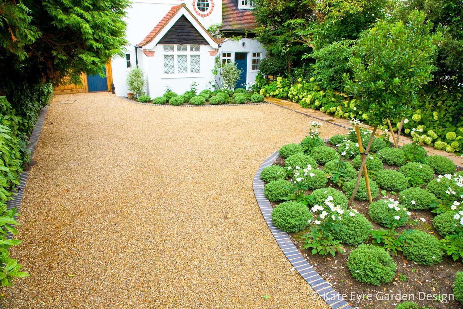 Front garden design in Dulwich Village, 1