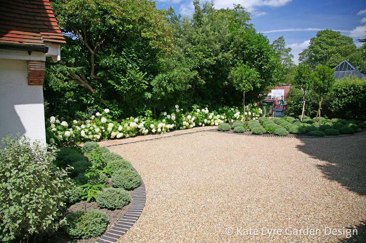 Front garden design in Dulwich Village, 3