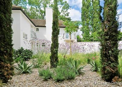 Garden design 2 in Frank Dixon Close,Dulwich, 1