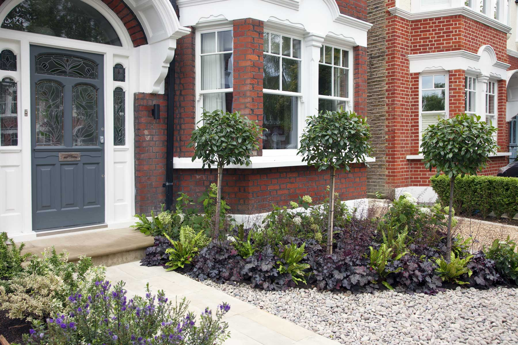 Front garden design in london by kate eyre for Small front garden designs uk