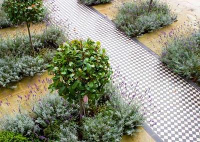 Front Garden Design 2 in Calton Avenue, London, 5