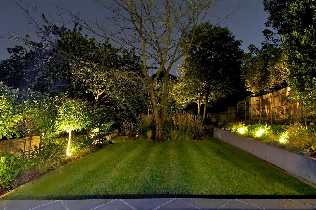 Garden lighting design in london landscape lighting for Landscape design london