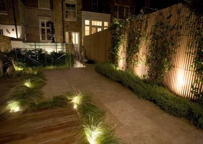 Small back garden in Drayton Gardens, Chelsea, 8 (evening)