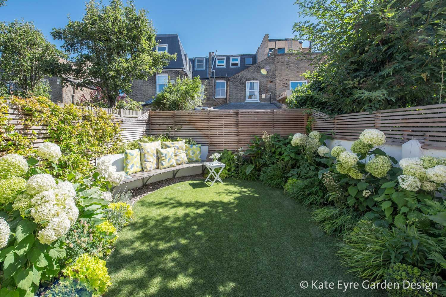 Kate eyre garden design clapham for Small rear garden designs