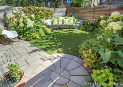 Small Back Garden Design in Clapham, 3