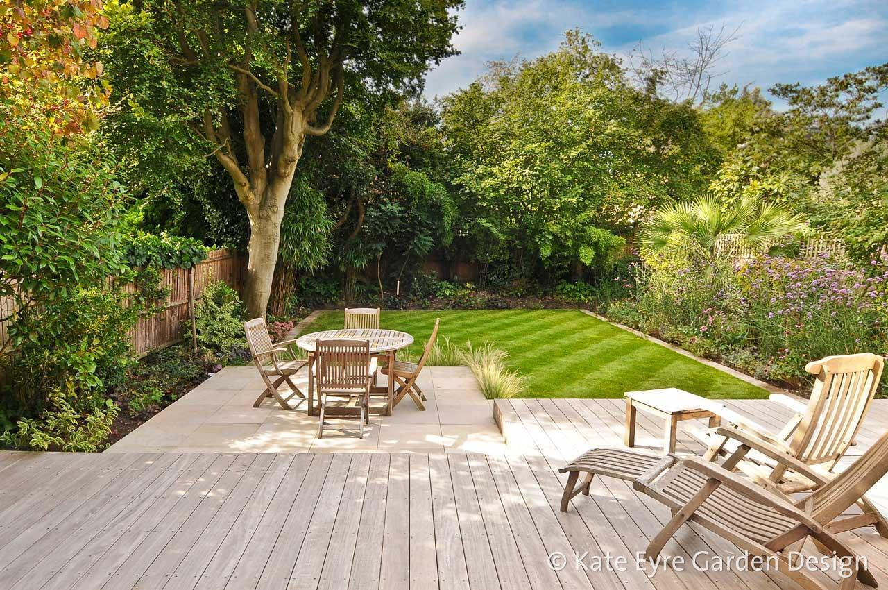 Garden design in wimbledon south west london by kate eyre for Patio designs for small gardens