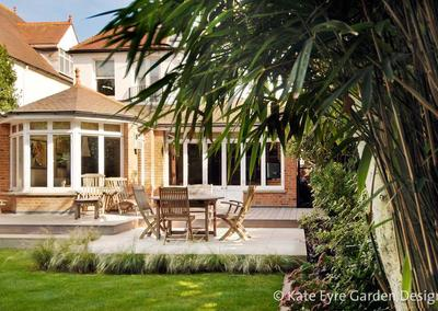 Medium back garden design in Wimbledon, 6