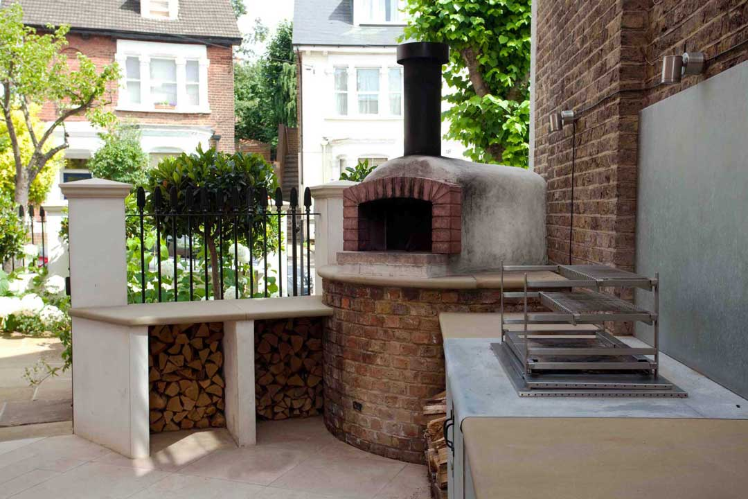 Outdoor kitchen, London, 1
