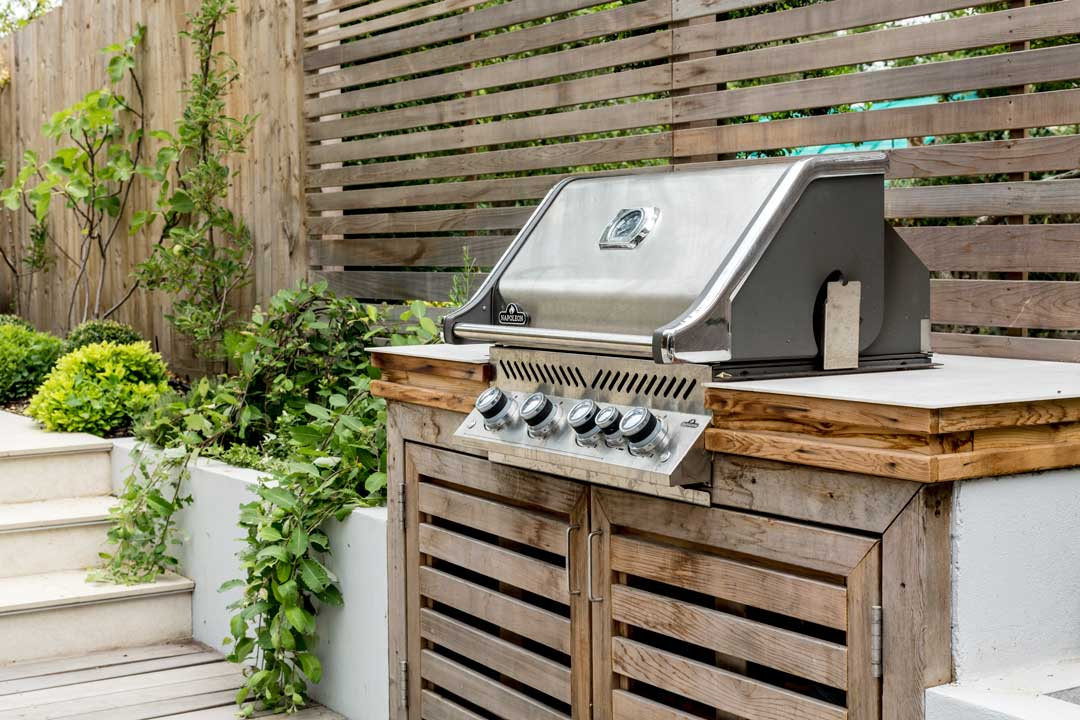 Outdoor kitchen, London, 3