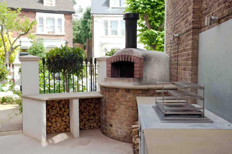 Outdoor kitchen, London