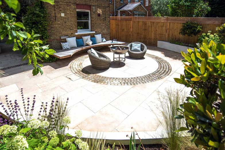 Patio in a London garden by Kate Eyre