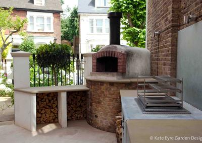 Outdoor kitchen in garden design in Crystal Palace, South-East London